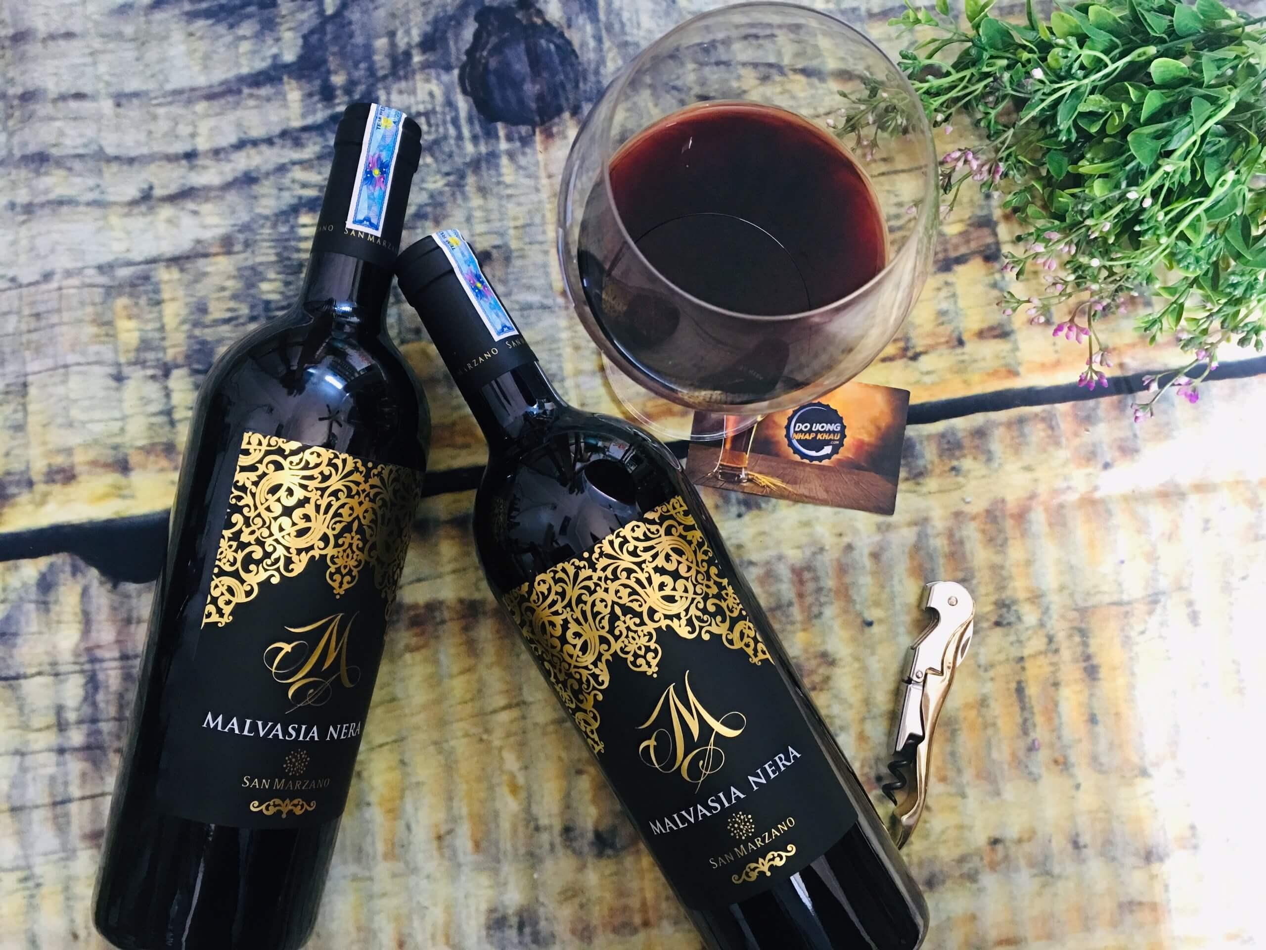 10 chai rượu vang chát - rượu vang ngọt đáng thưởng thức nhất hiện nay
