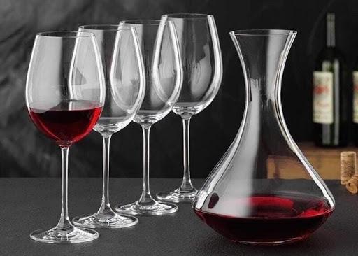 Một số công dụng mà bình thở rượu vang mang lại