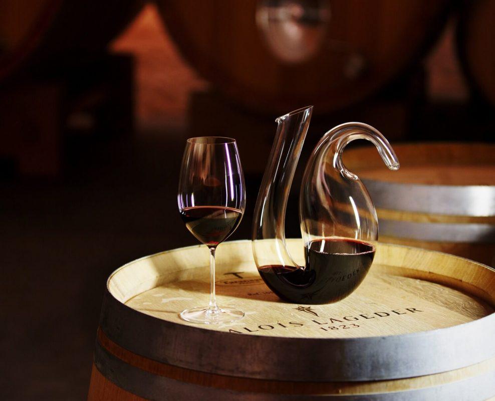 Sử dụng bình thở rượu vang đối với những dòng vang nào