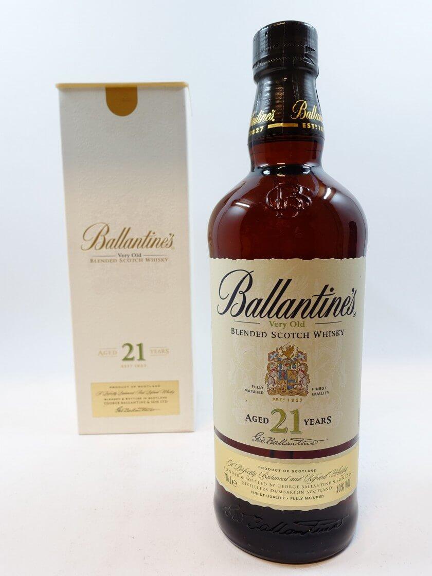 Điểm nổi bật của rượu Ballantines 21