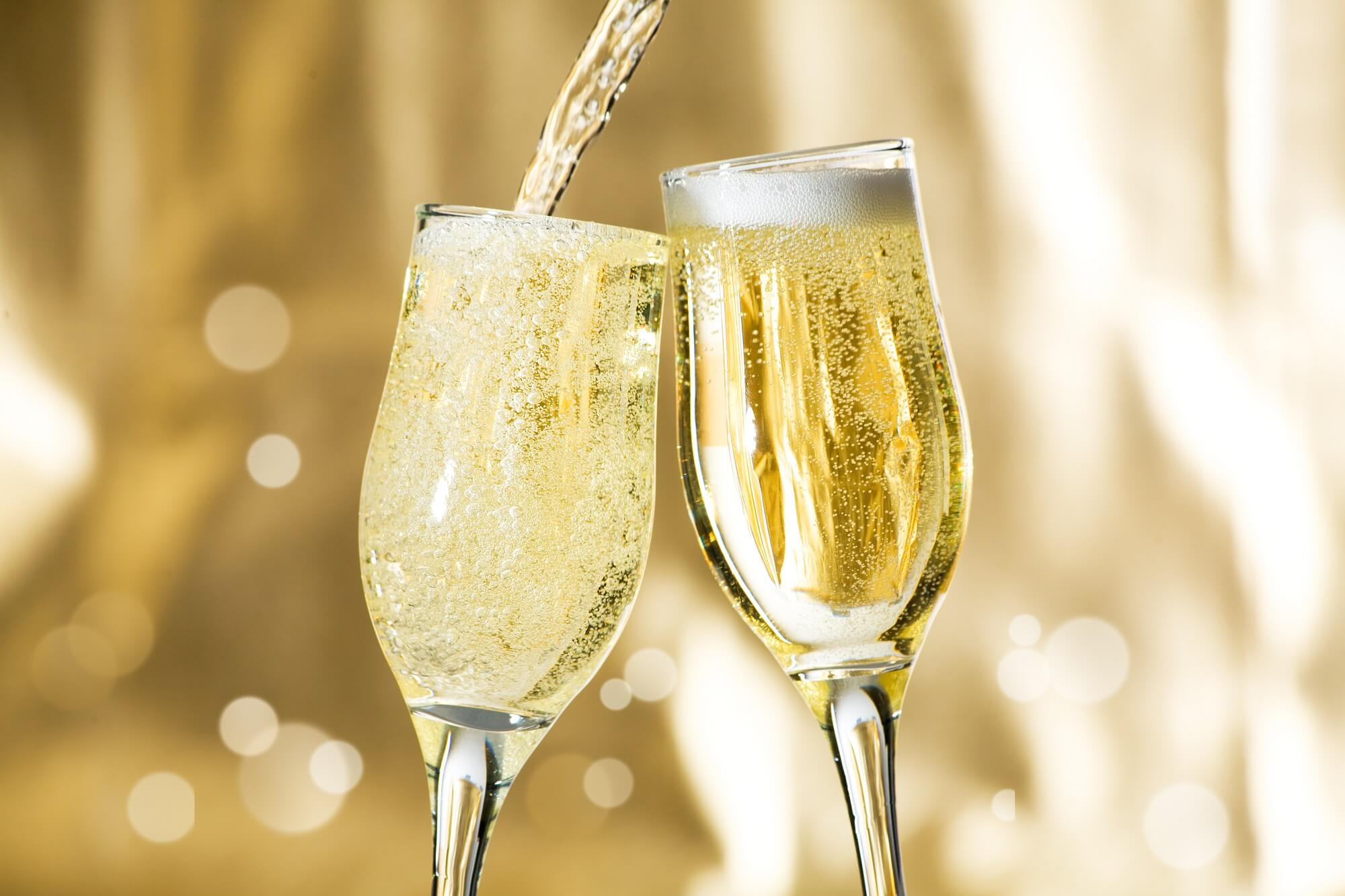 Champagne và Vang sủi tăm