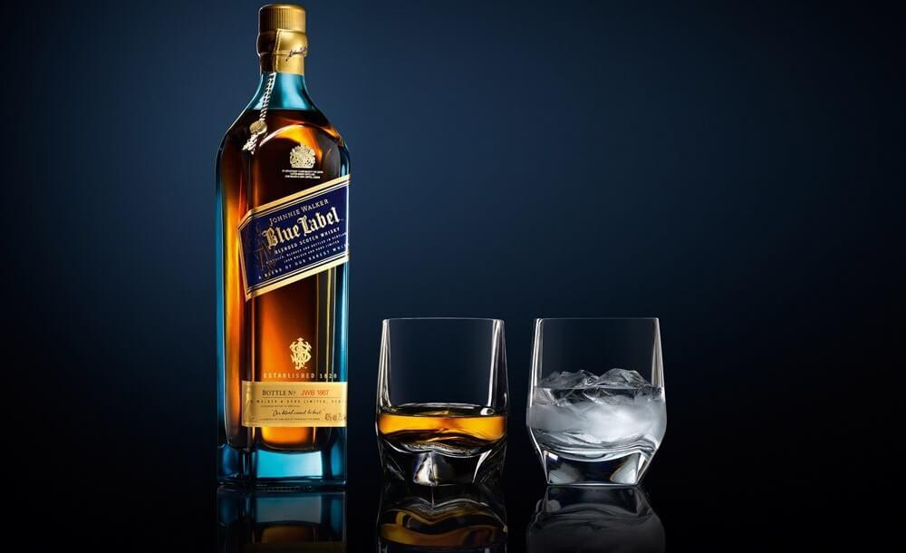 Hướng dẫn bạn cách thưởng thức rượu Johnnie Walker Blue Label đúng điệu