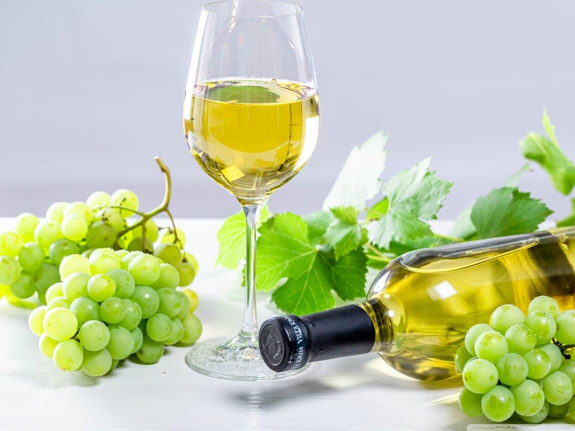 Rót rượu vang trắng