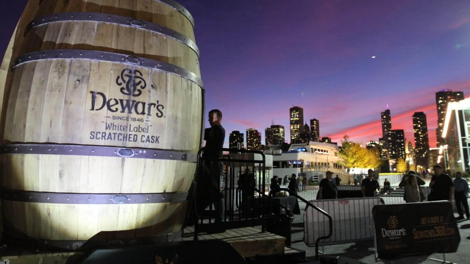 Lịch sử hình thành nên thương hiệu rượu Dewar's